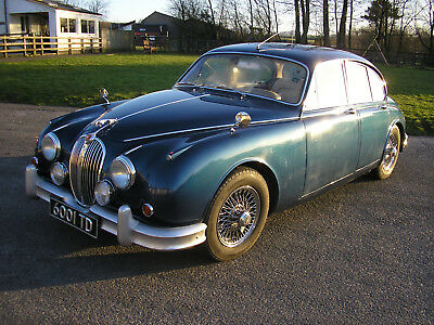 1961 Jaguar Mk2 3.4 manual overdrive with wire wheels