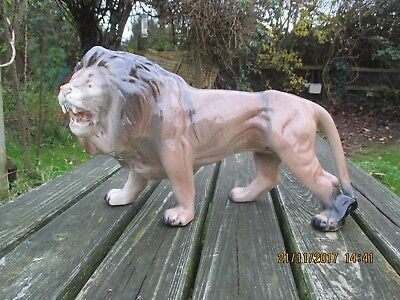 "EXTRA LARGE VINTAGE MELBA WARE LION  14"" long"