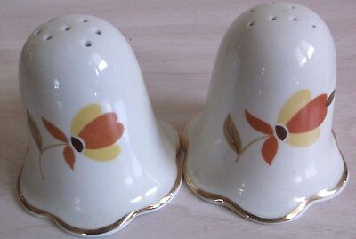 Vintage Hall Autumn Leaf Jewel Tea Salt and Pepper Shaker Set. Perfect.