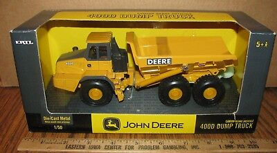 John Deere 400D Articulated Dump Truck 1/50 Ertl Toy #15386 jd 2004 Construction