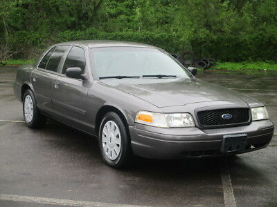 2010 Ford Crown Victoria Police Interceptor 1 OWNER!  COLD A/C!