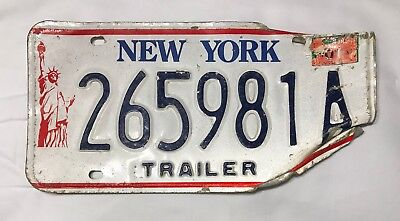 "1990's New York ""Statue of Liberty"" Trailer License Plate with a sticker Vehicle"