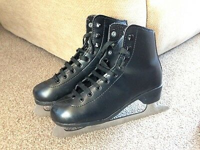 Boys Black Ice Skates Size 4.5-5