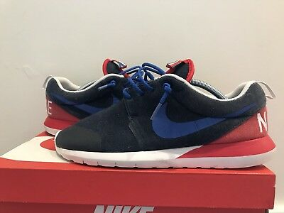 bd3d636070cd Nike Mens Roshe Run NM W SP World Cup France Navy Heather Red Sz 9.5 652804