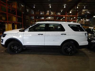 """2016 Ford Explorer SUV 2016 Explorer Police SUV """"NEW"""" wrecked on first day ***NO RESERVE***"""