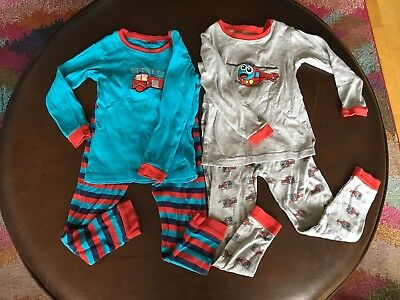 Leveret boy lot of Two long sleeve pajamas 4T