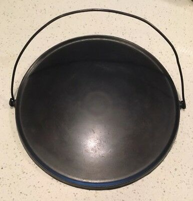 "Antique ""Wagner"" Cast Iron Round Griddle w/Bail Handle 14"""
