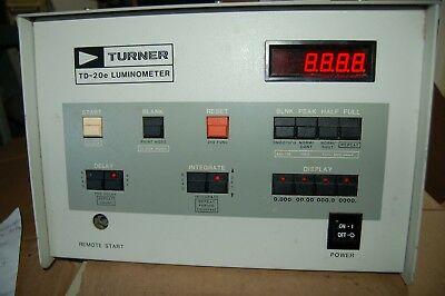 Turner Biosystems TD-20E Luminometer TD20E for parts or repair