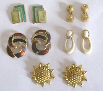Mixed Lot of 5 Pairs of Vintage Pierced Earrings.