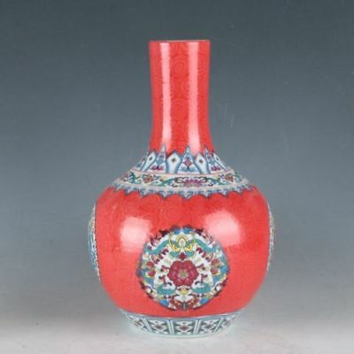 China Colorful Porcelain Painted Flowers Vase Made During TheDaqingQianlong H