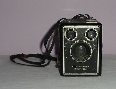 Vintage/antique Camera Six-20 Box Brownie C - Kodak With Carry Strap