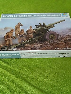 Trumpeter 02324 Soviet ML-20 152mm Howitzer (with M-46 Carriage) in 1:35