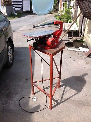 HEGNER SCROLL SAW FRET SAW MULTI-CUT 2S with stand. Collect from SY17 Powys.