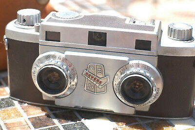 Revere 33 Stereo Camera, Wollensak 3.5/35 mm Amaton Lens 1950's w/ Leather Case