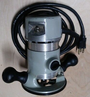 Stanley industrial 90098M Router & 82901 router base. 6.0 Amps 25000 rpm.