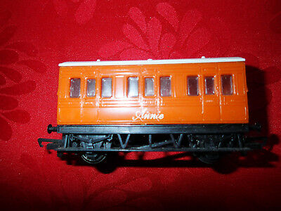 """Model Trains HO Hornby Thomas the Tank Carriage """"Annie"""""""