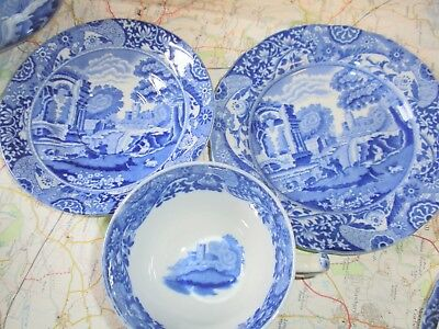 Lovely Antique Blue And White Spode Trio Lot 3