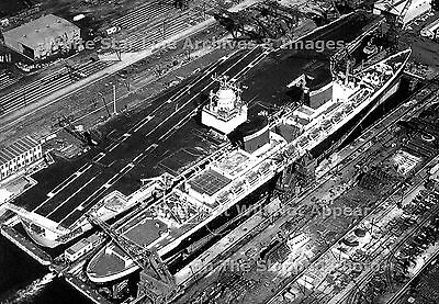 "Photo: 5"" x 7"": The SS United States & The USS Enterprise, Newport News, 1964"
