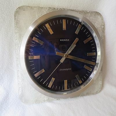 Kienzle chronoquarz große Wanduhr 27x27cm made in Germany cooles Design TOP!