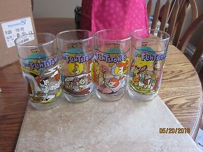 Flintstones First 30 Years 1960,3,4 (4) Hardees Collectible Glasses   Nice