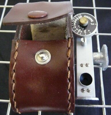 Vintage Gnome Range Finder, Complete with leather case, RARE