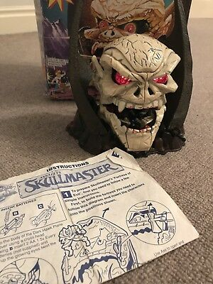 Mighty Max Skullmaster, glowing eyes working,box and instructors and Nr complete