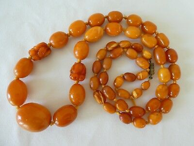 Art Deco Natural Butterscotch Amber Bead Necklace Carved Elements 60.9 Grams