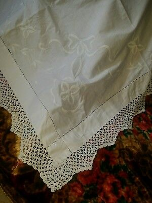 """Antique Edwardian White Irish Linen Tablecloth Hand Crocheted Edging 38"""" Square"""