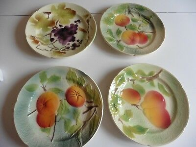 4 assiettes  FRUIT BARBOTINE  en relief  ST CLEMENT ancien