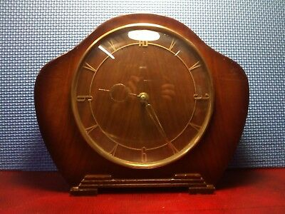 Smiths 30 Hour Wind Up Mantle Clock . Working order.