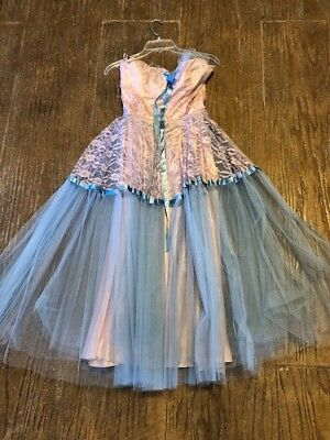 Vintage prom dress 1950s tulle lace with bolero jacket. What a cute dress!