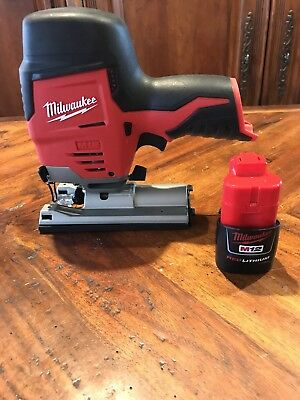 Milwaukee 2445-20 M12 Cordless High Performance Jig Saw + 1 Battery