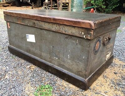 Vintage Tool Trunk (Upcycle Coffee/Storage Table/TV Unit - Very Solid