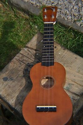 Mahalo U50 Ukulele - Good Condition - Ideal Beginner! Hours of Endless Fun?