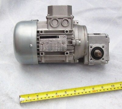 Mosca strapping/packing machine drive motor and gearbox
