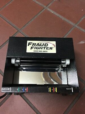 UVeritech Fraud Fighter CT-550 Currency Counterfeit Detector