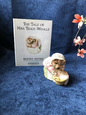 Beatrix Potter, MRS. TIGGY WINKLE WASHING FIGURINE + BOOK,Beswick, Royal Doulton