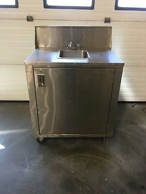 Crown Verity Stainless Steel Portable  Hand Wash Sink W/ Water Heater  NSF Exc