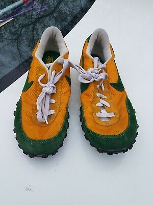 Vintage Nike Waffle Trainer Shoes Yellow / Green Oregon (sample) very rare!
