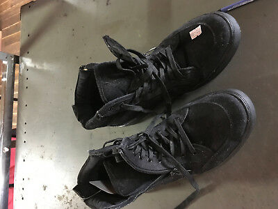 authentic hasting mens size 8 casual black shoe
