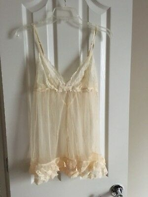 NEW Victoria's Secret Cream Floral Lace Mesh Babydoll Lingerie Size Small - NWT