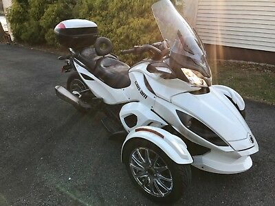 2013 Can-Am ST Limited  2013 Can Am Spyder ST Limited