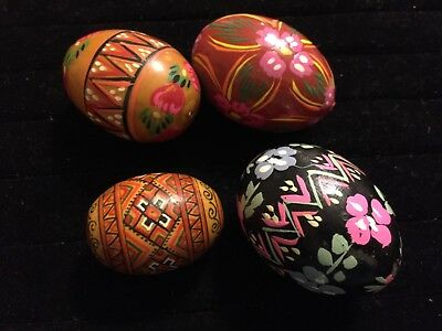 Vintage Hand Painted Wooden Easter Eggs - from Poland Lot 4