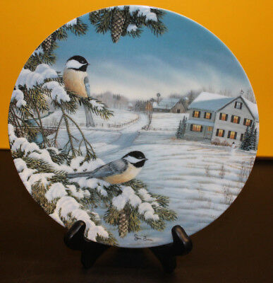 """Knowles Birds Of The Seasons """"Black-capped Chickadees in Winter"""" Collector Plate"""