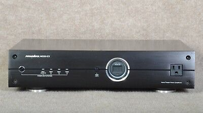 PANAMAX  M5300 EX  Home AV Power Conditioner / Rack-mount