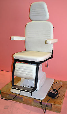 Reliance 5200H Ophthalmic Chair with Foot Switch - Works