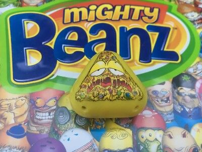 Mighty Beanz Triangle Gross Pizza Bean #516 Series 4 Moose Toys Super Rare