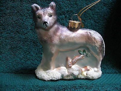 WOLF - Woodland Timber Wolf Glass Ornament - Wildlife Animal in Winter Setting
