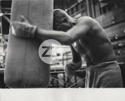 STEVE McQUEEN Boxing BOXE Soldier in the Rain Nelson BILL CLAXTON Photo 1963