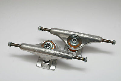 Independent 139 Stage 11 Trucks Skateboard Achsen Forged Polished 2x